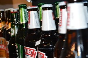 verschillende bierflessen