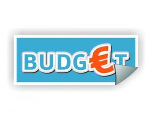 foto van stickers met term budget erop